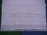 Ręcznik ze wstawką z koronki