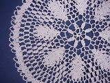Lace tablemat dia. 30 cm, hand made (bd-9)