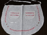 White linen apron embroidery red-green (gś-1)