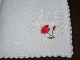 Serwetka haftowana, motyw maku 40x40 cm (gs-1)