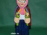 Folk sculpture - The rural woman, flowers (21 cm)