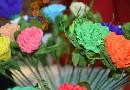 Jak zrobić różę z bibuły