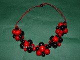 Folk jewelry - Corals, wood in red and black (hz-4)