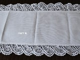 Linen table runner with hand made lace 40x84 cm (czk-5)