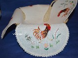 Hand embroidered tablemat to the basket - Cock 42x42 (kz-2)