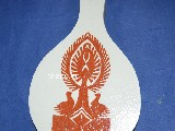 Wycinanka ludowa, kurpiowska - Leluja kurpiowska na drewnianej desce kuchennej 10x16(ww-11)