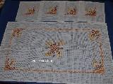 Bieżnik haftowany, plus 4 serwetki - komplet (bw-9)