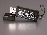Pamięć USB drewniana 8 GB, kwiaty łowickie