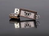 Pamięć USB drewniana 8 GB, koguty łowickie