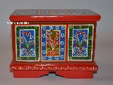 Regional dowry box in hand-painted Zawiślecka (15x10x11,5)