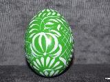 Green Easter egg - chicken egg, Kuyavian pattern, hand-painted